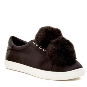 J/Slides NYC Pom Pom sneakers